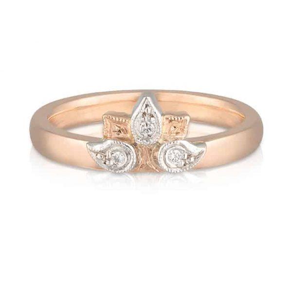 Tiara Wedder Leaves Ring