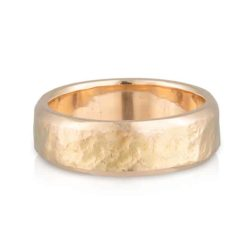 Gents Wedder Yellow Gold Hammer Ring