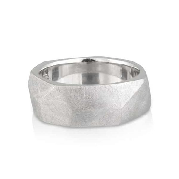 Gents Wedder White Gold Hammer Ring