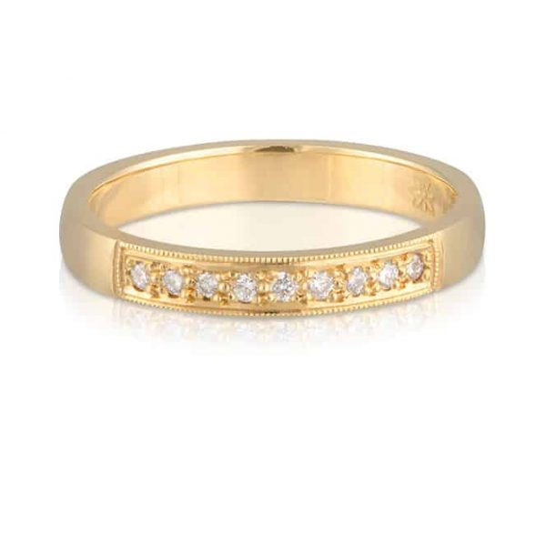 9 Diamond Yellow Gold Wedder