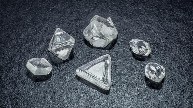 Salt & Pepper Diamonds: A Brief Description & Why We Wouldn't Recommend Them For Your Engagement Ring